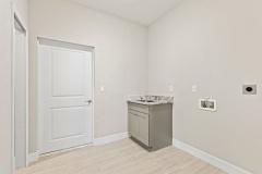 017_laundry_room