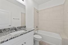 032_guest_bathroom
